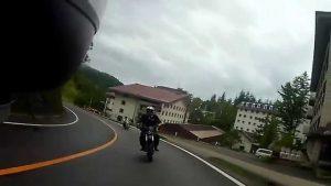 バイク同士で追突事故になる直前の様子