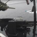 沿岸警備隊が麻薬船をつかまえるところ