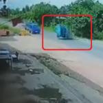 横転するトラック